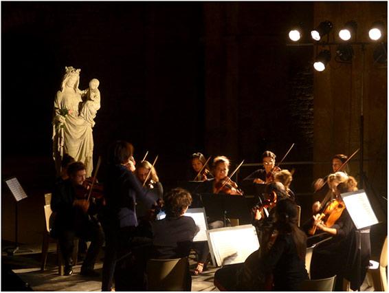 miracle à l'abbaye de fontenay : le paris mozart orchestra et