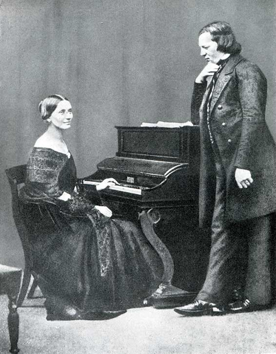 robert schumann Robert schumann (june 8, 1810 - july 29, 1856) was the arch-romantic composer, thoroughly committed intellectually and emotionally to the idea of music being composed.